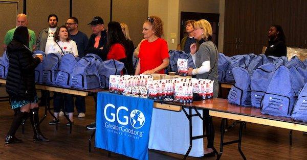 Phoenix Residents Receive Good Packs